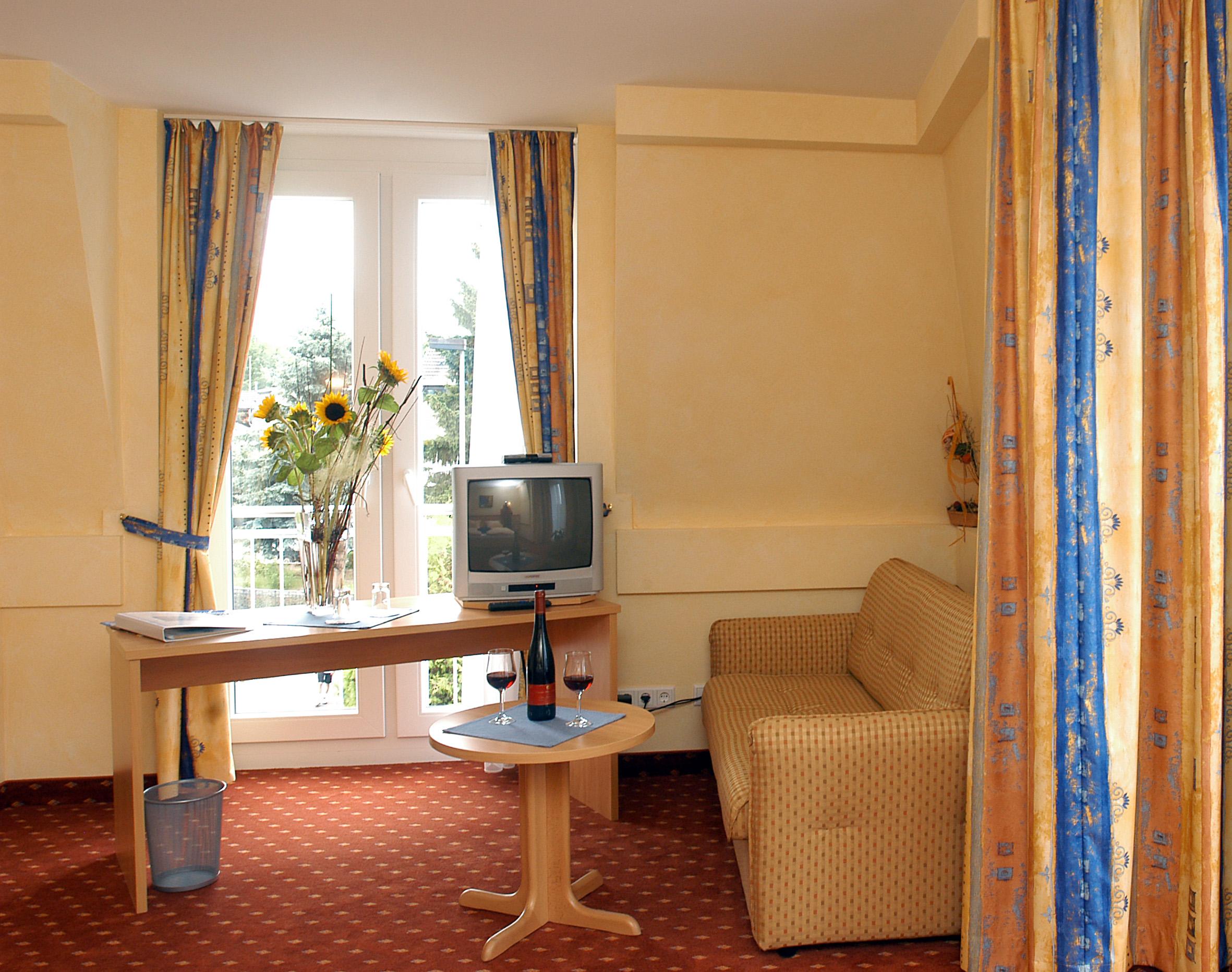 Bekanntschaft mit aufs hotelzimmer nehmen